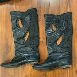 Cowboy calf boots leather and brocade cut out det